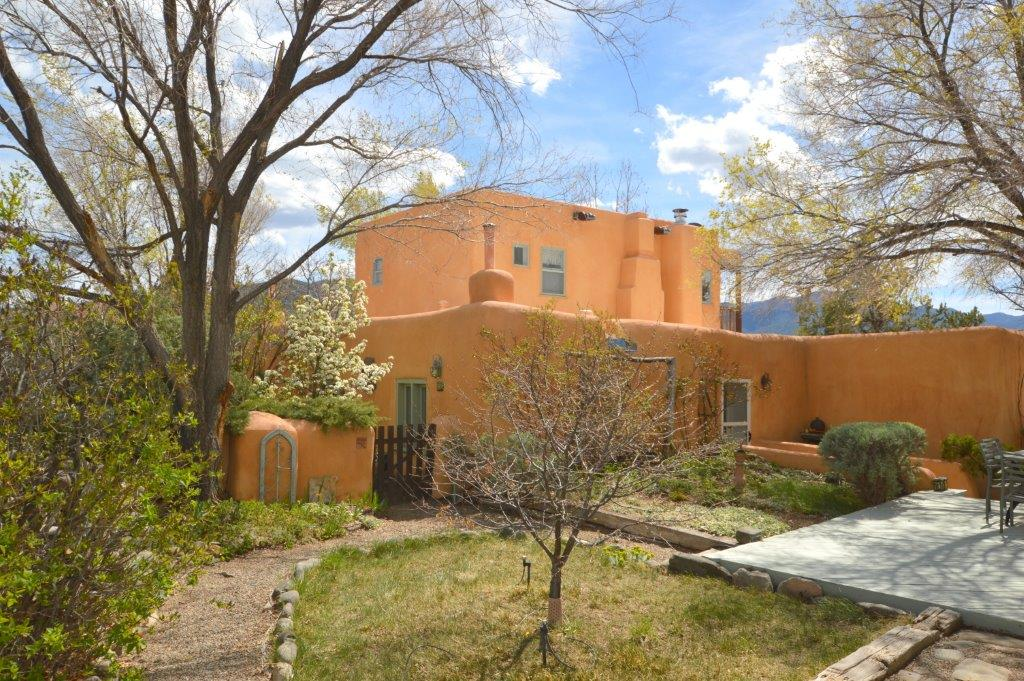 Taos Parade of Homes 2016 - Home #2 - 7160 State Road 518